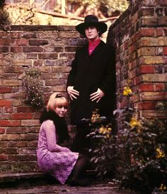 John and Cynthia at Kenwood garden, May 1965. Photo: Robert Whitaker