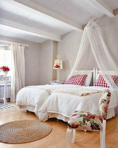 LUV DECOR: CAMAS DE DOSSEL #2