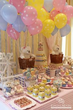 I'm looking to make balloon centerpieces for my baby shower. What would be the best size balloons for a table top balloon centerpiece? Shower Party, Baby Shower Parties, Baby Shower Themes, Baby Shower Decorations, Shower Ideas, Baby Showers, Idee Baby Shower, Shower Bebe, Baby Boy Shower