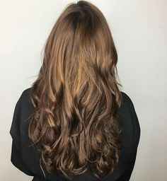 Tape in extensions for the win. Nobody will ever know 💁🏽 want length? Or volume? They'll cover all bases. #carlsbad #encinitas #sandiego #pravana #wella #redken #bumbleandbumble #evo #americansalon #haircolor #hairstyles #babeextensions #tapeinextensions #hairextensions #dopehair #sandiegoconnection #sdlocals #encinitaslocals - posted by Gillian 👩🏽‍🎨Bryll Hair Lounge https://www.instagram.com/gwhairdesign. See more post on Encinitas at http://encinitaslocals.com