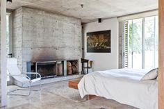Concrete fireplace on pinterest modern fireplaces - Matachispas para chimeneas ...