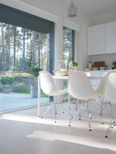 Dining area Dining Area, Dining Table, Modern Interiors, Door Knockers, White Decor, My Dream Home, Floors, New Homes, Decor Ideas