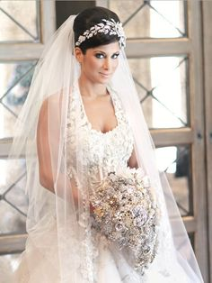 Gorgeous, glam Candace wearing her custom crystal rose headband from Bridal Styles Boutique.  Photo ARAUJO PHOTOGRAPHY-003