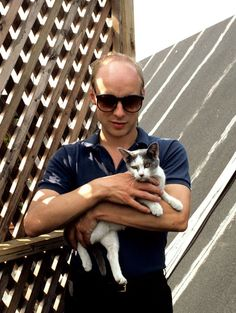 Here Come The Warm Pets: Brian Eno and a cat, New York, 1982
