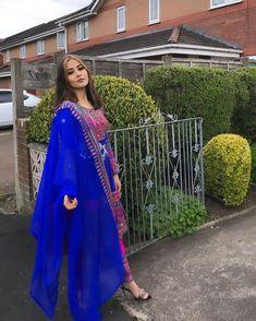 Asian Bridal Dresses, Indian Gowns Dresses, Afghan Clothes, Afghan Dresses, Emo Scene, Scene Hair, Punjabi Fashion, Indian Fashion, Designer Party Wear Dresses