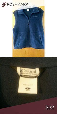 Columbia Sportswear Mens Blue Vest L Excellent condition.  Fleece. Zip front. smoke free mens Large Columbia Jackets & Coats Vests