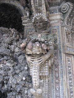 Shell Grotto .... Tunnels that run beneath Weeping Winds