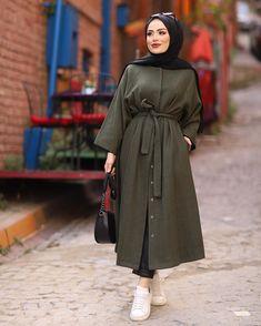 Hijab Fashion Summer, Modest Fashion Hijab, Street Hijab Fashion, Modesty Fashion, Fashion Outfits, Mode Turban, Mode Abaya, Muslim Women Fashion, Hijab Fashion Inspiration