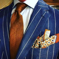 We love suits so much that we dedicate this board to incredible styles and icons www.memysuitandtie.com Sprezzatura!