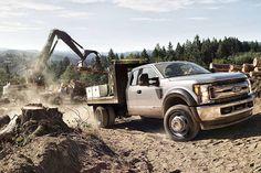 2017 Ford Super Duty F-Series  http://fordcarsntrucks.com/2017-ford-super-duty-f-series-release-date-pictures/