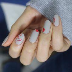 [#유니스텔라트렌드] #미니멀네일 #라인네일 #웨이브네일 #도트네일⚪️ #유니스텔라 #네일디자이너 #unistella #gelnails #nailart #nails #nail #nailedit #minimalnail #linenails ✔️유니스텔라 내의 모든 이미지를 사용하실때 사전 동의, 출처 꼭 밝혀주세요❤️