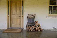 My Houzz: 140 year old mud brick home - farmhouse - entry - adelaide - Jeni Lee