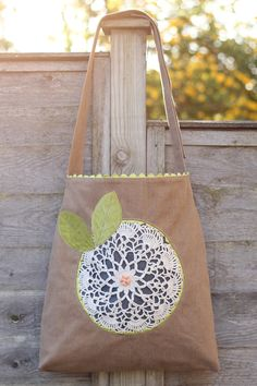 Doily Flower Bag | Sew Mama Sew | Outstanding sewing, quilting, and needlework tutorials since 2005.