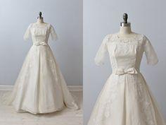 1950s Wedding Dress / Lace Wedding Dress / by TheVintageMistress
