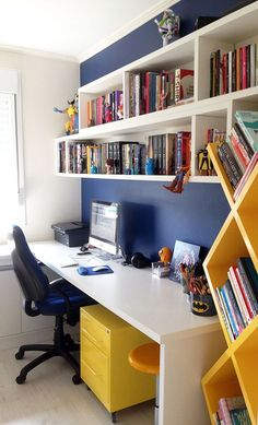 38 Colorful Home Office Design Ideas You Will Totally Love Home Office Space, Home Office Design, Home Office Decor, House Design, Home Decor, Office Desks, Desk Space, Office Table, Study Room Design