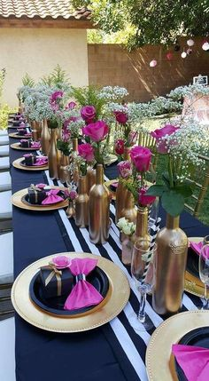 Home Decor Decoracion Floral Kate Spade Inspired Bridal Shower - Bridal Shower Ideas - Themes.Home Decor Decoracion Floral Kate Spade Inspired Bridal Shower - Bridal Shower Ideas - Themes Kate Spade Party, Kate Spade Bridal, Bridal Shower Decorations, Wedding Decorations, Engagement Party Centerpieces, Brunch Party Decorations, Wine Bottle Centerpieces, Wine Bottles, Gold Bottles