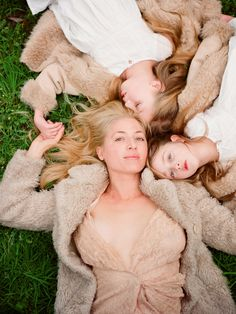 motherhood is beautiful...xoxo http://www.kissthegroom.com