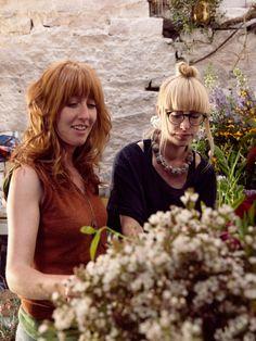 Die Floristinnen Natalya Ayers und Fiona Inglis von Pyrus - Pflanzenfreude.de