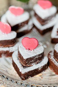 Loving Brownies; Wedding Snack Idea (BridesMagazine.co.uk)
