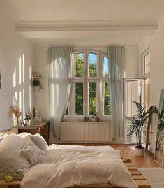 Room Ideas Bedroom, Home Bedroom, Bedroom Decor, Bedrooms, Design Bedroom, Bedroom Inspo, Bed Design, Dream Home Design, Aesthetic Bedroom