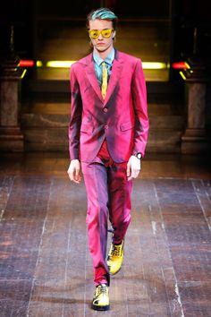 Moschino   Menswear - Autumn 2016   Look 1