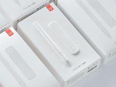 Sleek and clean packaging - Adobe Ink & Slide