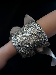Great cuff.. Tied with satin!!!