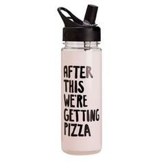 style: after this we're getting pizza when you're in it to win it, you gotta stay hydrated! our water bottle holds a generous pour of your favorite hydrating beverage and has a sleek black lid that wo Botella Swell, Cute Water Bottles, Drink Bottles, Pastel Decor, Girly, Stay Hydrated, Food Storage Containers, Drink Containers, Workout Gear