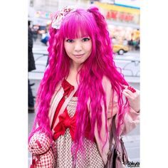 Pink Hair, Pink House Teddy Bear Vivienne Westwood in Harajuku ❤ liked on Polyvore featuring hair and people