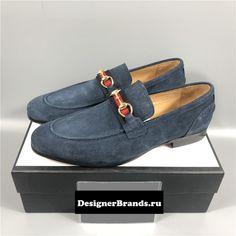 Link in bio. Affordable brand shoes, slippers from different designer brands. #balenciagamirrorquality #designerreplica #designerclothes #fendimirror #louisvuittonmirror #gucci #lvmirror #masterreplica #bolsareplica #bollywoodreplica
