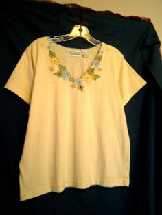 Shenanigans Yellow Top Blue Scalloped V Neck Size Small Cotton Blend Embroidery $6.00 or Best Offer!