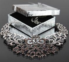 Necklace in silver colour. Ażurowy naszyjnik | naszyjniki damskie