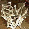 Tables en bois flotté