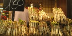 6 Delicacies to Eat in Barcelona, Spain: Calcots. Hg2.com