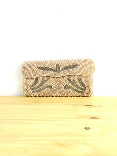 Vintage Pearl Clutch / White Coin Purse / Art by VintageEdition