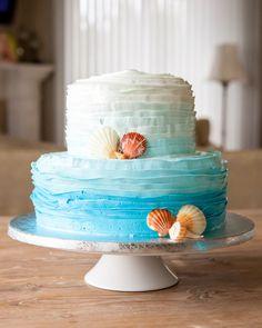 Ombre beach themed wedding cake | Publix | Alena Bakutis Photography