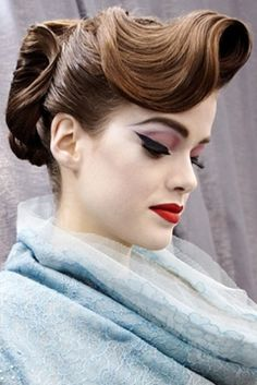 Gorgeous retro hair and makeup