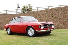 Alfa Romeo Giulia Sprint GT Veloce (1966)
