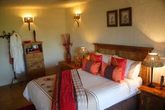 Game farms,bush houses,property for sale Hoedspruit House Property, Property For Sale, Interior Decorating, Interiors, Bedroom, Furniture, Home Decor, Decoration Home, Room Decor