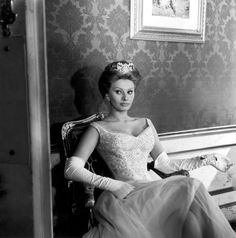 "a glimpse of glamour.: ♥ ""everything you see, i owe to spaghetti"" ~ sophia loren."