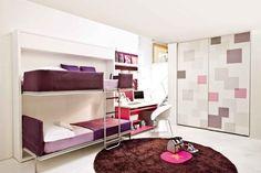 Klappbares Stockbett mit beweglicher Leiter und ausziehbarem integrierten Schutz. Etagenbetten und der Betten, die konstruktiv höher liegen können somit für gewerbliche und industrielle Zwecke eingesetzt werden (Bericht10-17950)
