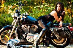 Marie Avgeropoulos Picture Gallery - The 100 - Bikini - Panties/Marie_Avgeropoulos Lady Biker, Biker Girl, Biker Baby, Biker Photoshoot, Harley Davidson, Chicks On Bikes, Cafe Racer Girl, Motorbike Girl, Hot Bikes