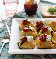 Pigs in a Blanket with Chicken and Apple Sausage Winter Meals, Winter Food, Chicken Apple Sausage, Pigs In A Blanket, Best Appetizers, Appetisers, Thanksgiving Ideas, Meals For One, Xmas