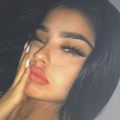 Image about girl in people by banana on We Heart It Aesthetic Eyes, Bad Girl Aesthetic, Aesthetic Makeup, Cute Makeup, Beauty Makeup, Makeup Looks, Pretty Eyes, Beautiful Eyes, Cute Selfie Ideas