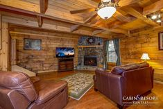 Why You Should Consider Buying a Log Cabin - Rustic Design How To Build A Log Cabin, Gatlinburg Cabins, Natural Bedding, Log Cabin Homes, Cabins In The Woods, Cabin Rentals, Organizing Your Home, Bed Design, Back Home
