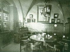 """Hoher Steinweg 15, Gasthaus """"Alt Berlin"""" Innenansicht mit gotischem Deckengewölbe. Haus wurde in den 1950'ern abgerissen. Foto: Berlin-Mitte Archiv"""
