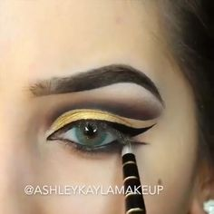 "Gold Eye MakeUp Tutorial History of eye makeup ""Eye care"", put simply, ""eye make-up"" has Egyptian Eye Makeup, Egypt Makeup, Cleopatra Makeup, Gold Eye Makeup, Eye Makeup Art, Eye Makeup Tips, Smokey Eye Makeup, Eyebrow Makeup, Eyeshadow Makeup"