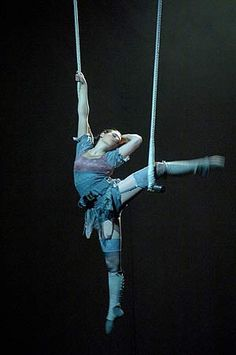 Emma Henshall on flying trapeze. 2006 Circus Showcase An exhibition of individual acts devised by graduating students from the National Institute of Circus Arts.