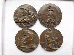 """Bellissimo e raro gruppo di 4 medaglie """"Campagna d'Etiopia"""" Proclamazione dell' Impero IX Maggio MCMXXXVI. Produzione Johnson. In ottimo stato di conservazione."""