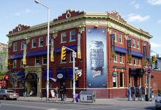 The Brunny - The Brunswick House -  известный  паб  в  Торонто. Основан  в  1876.  The Brunswick House 481 Bloor Street West, Toronto, ON